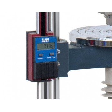 Montage d'un appareil de mesure de longueur sur un banc d'essai SAUTER en usine - LB-A02