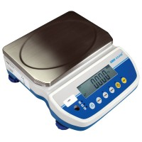 Latitude Compact Bench Scales ADAM LATITUDE