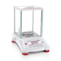 Balance d'analyse Pioneer® Semi-Micro